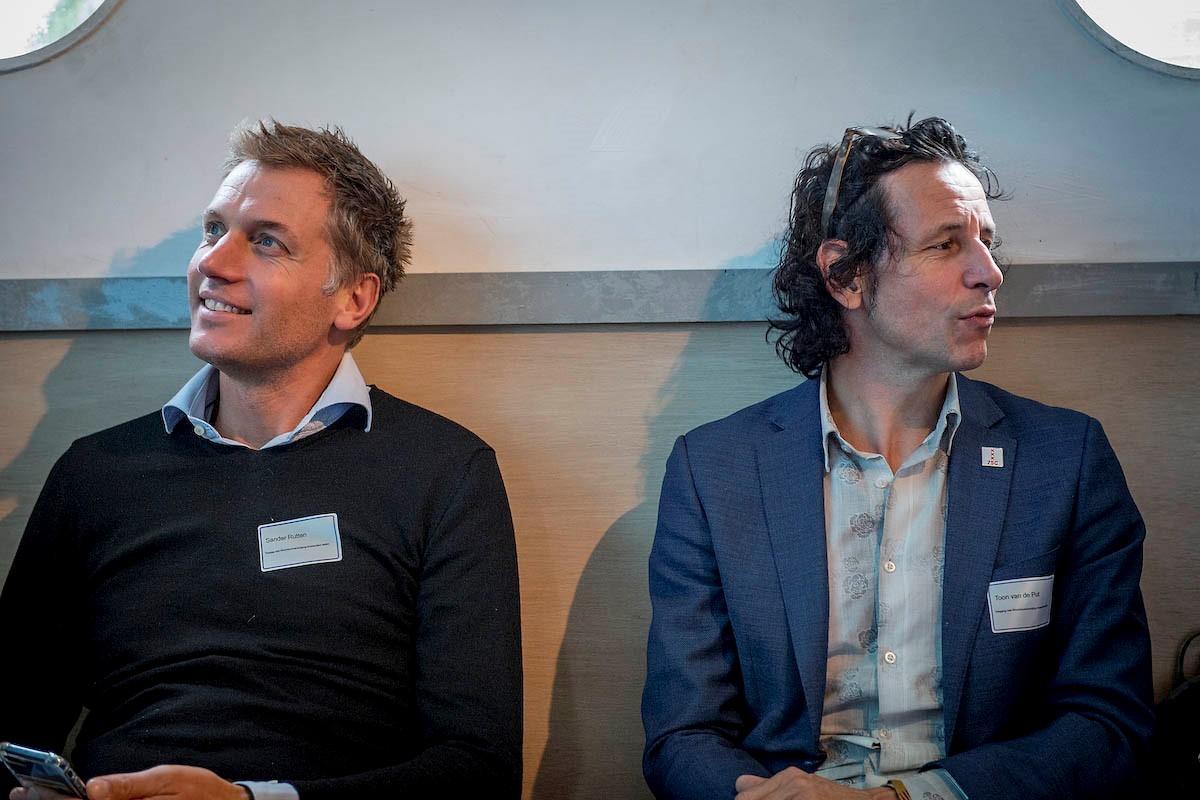 Twee deelnemers Duurzame Woonbotendag