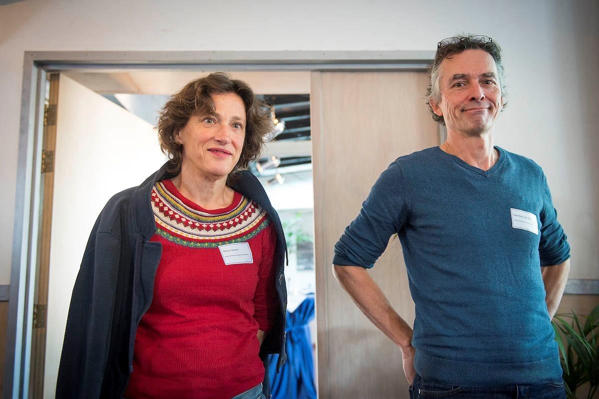 Deelnemers Marion Bloem en Bob van Wely tijdens de Duurzame Woonboten Route