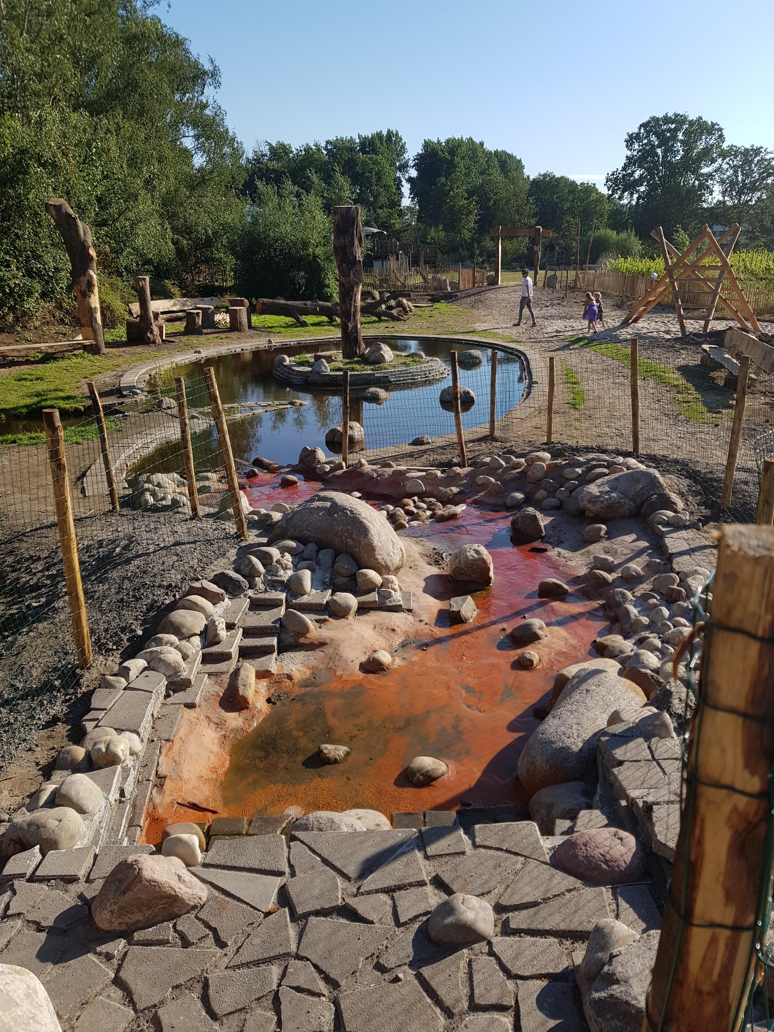 Natuurspeeltuin met waterspeelplaats NoordOogst