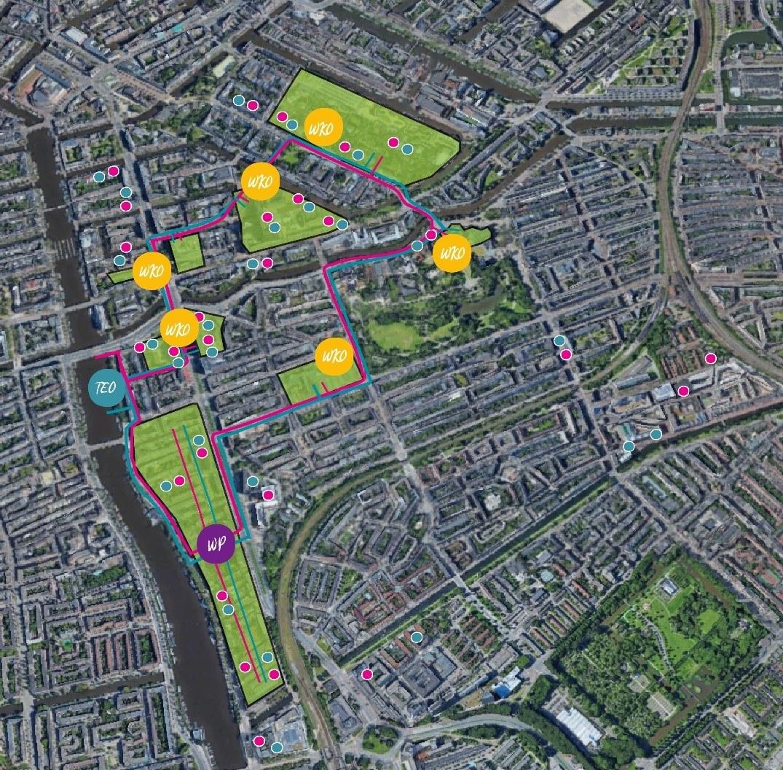 Plattegrond van Amsterdam Oost met daarin de gebouwen van deelnemende partijen. Gekleurde lijnen met daartussen een aantal WKO geven aan hoe de gebouwen door middel van een 5e generatie warmtenetwerk worden verbonden.