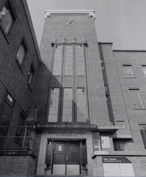 Historische foto van het gebouw Pathologisch Anatomisch Laberatorium op het WG-terrein, waar het Huis van de Toekomst komt.